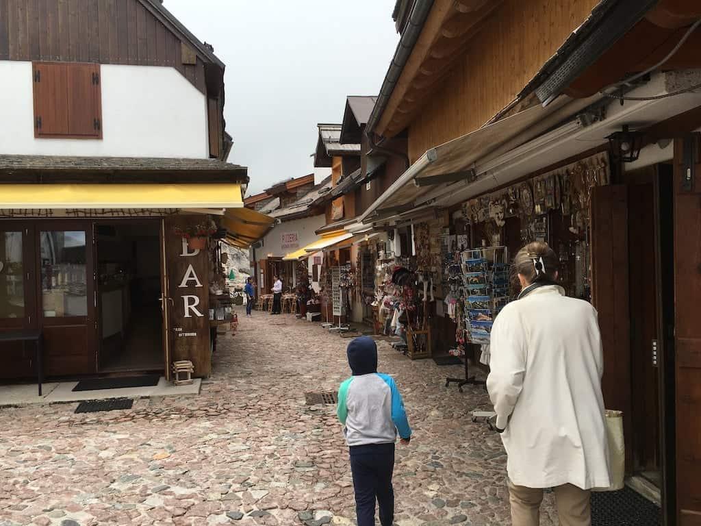 Negozi sul Monte Lussari