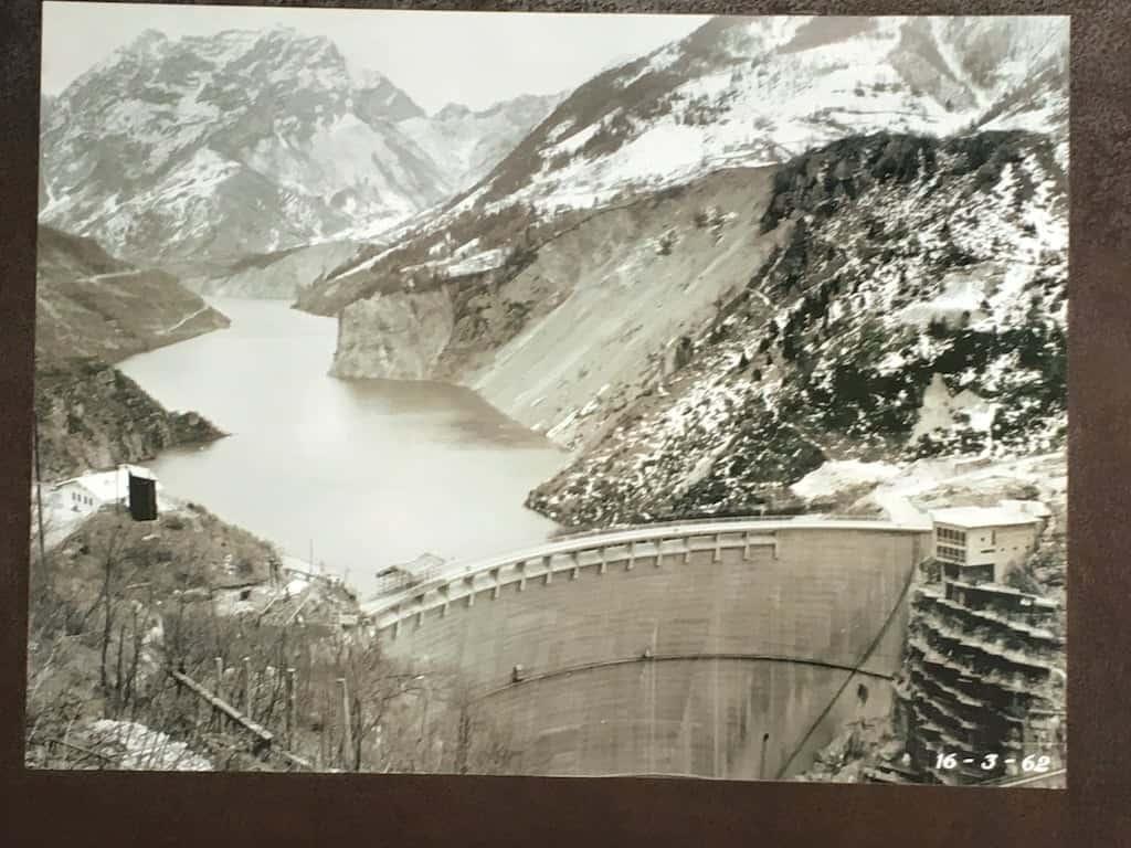 Foto storica della diga del vajont