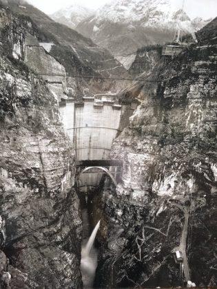 Foto d'archivio della diga del vajont