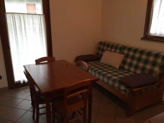 Tavolo sala da pranzo mini appartamento Casa Luis