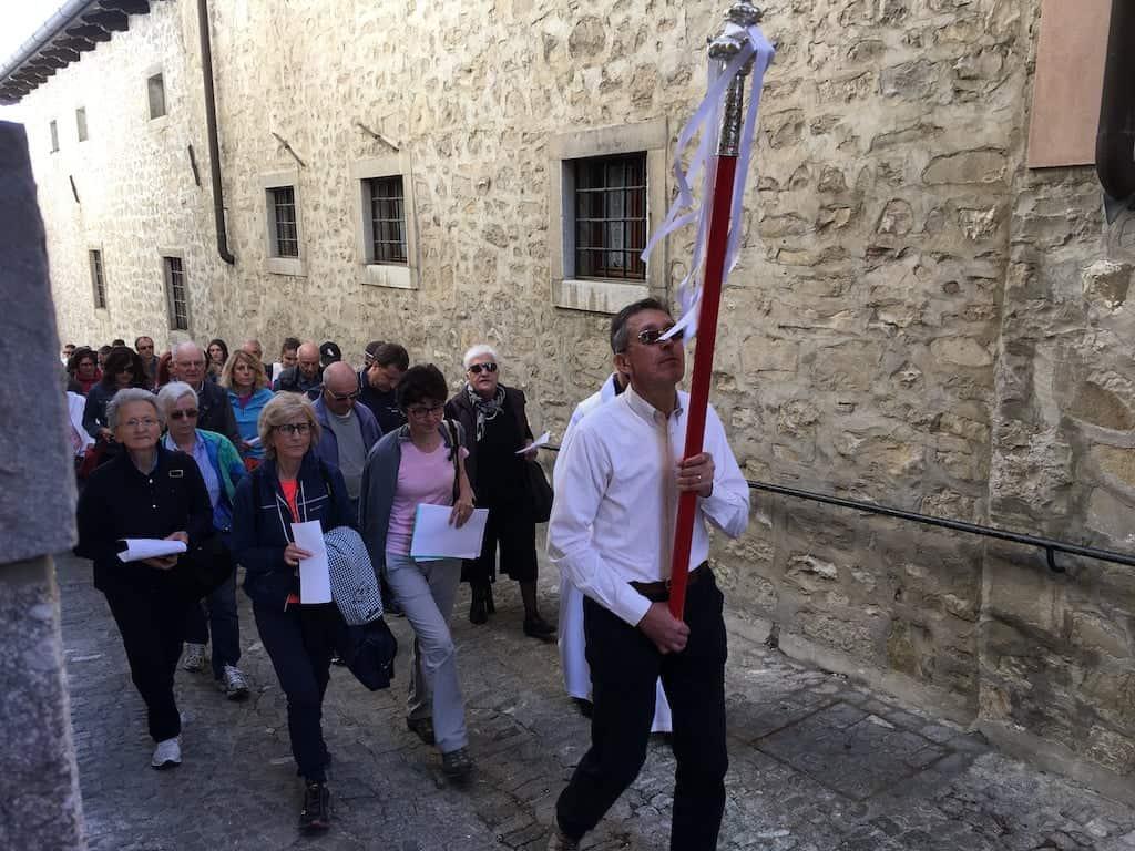Inizio processione fedeli