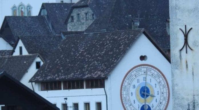 Pesariis, il paese degli orologi