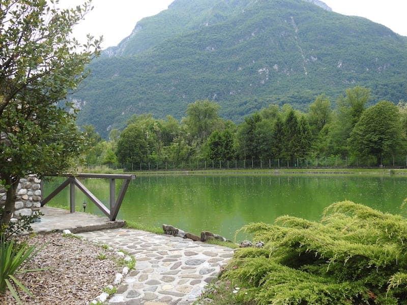 Vista del lago artificiale Cison