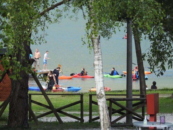 kayak lago di Cavazzo