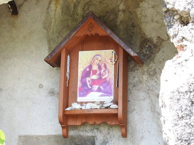 effige sacra