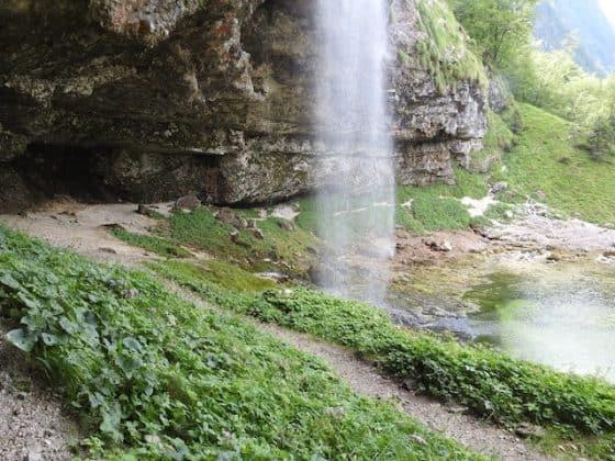 Fontantone visto dalla grotta