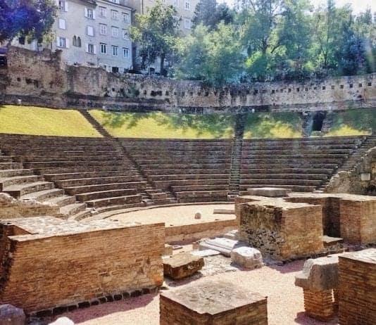 Teatro Romano - Antiquarium - Arco di Riccardo