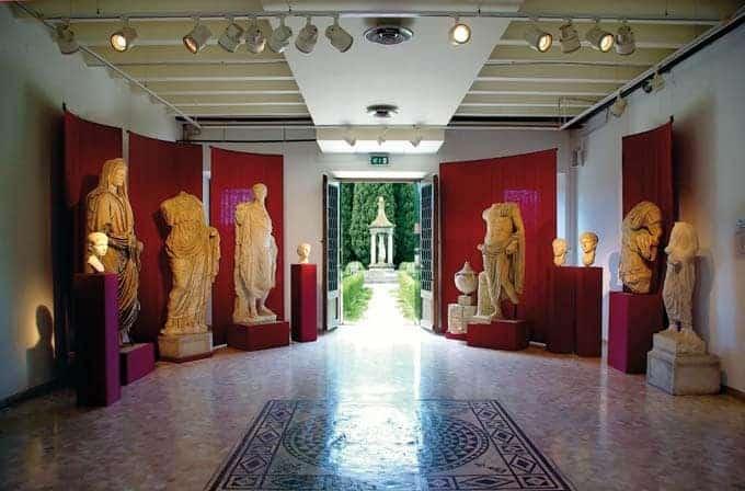 Sezione statuaria museo archeologico aquileia