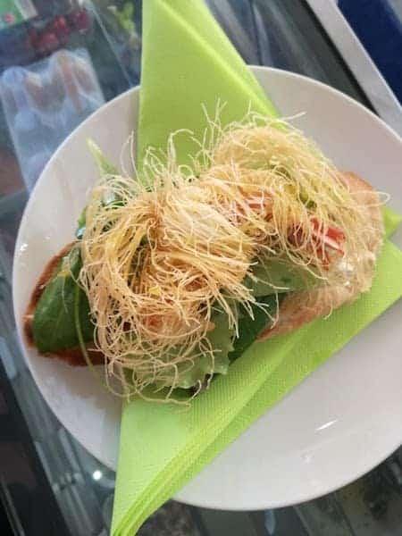 tartine di pesce con pasta filo