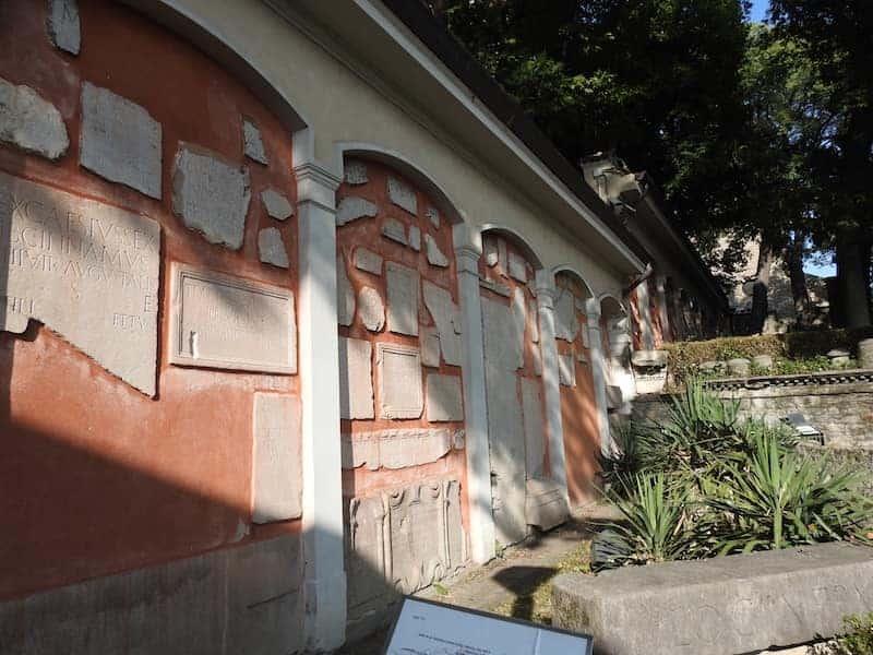 materiale epigrafico