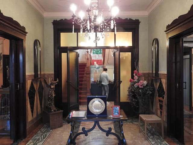 ingresso casa carnera