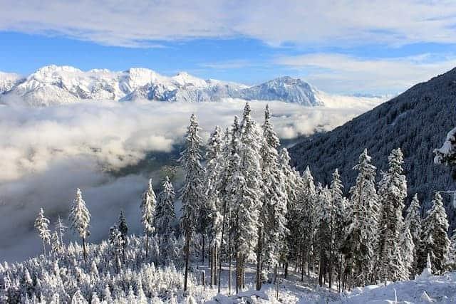 Scenari di montagna mozzafiato