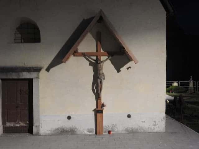 crocifisso chiesa di coccau