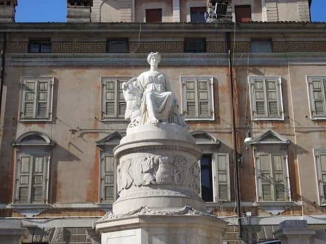 scultura della Pace