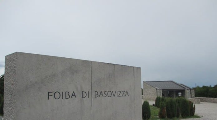Die Foiba von Basovizza in Triest