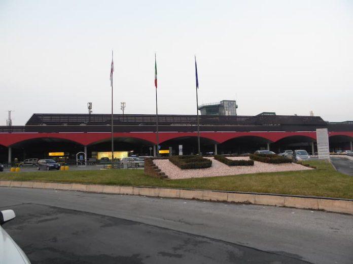 parcheggi auto aeroporto di bologna