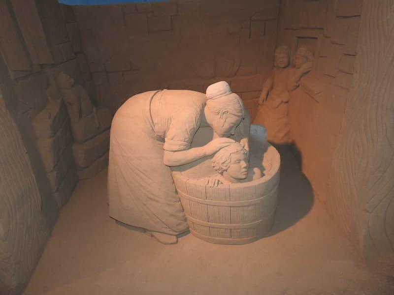 presepe di sabbia donna con bambino